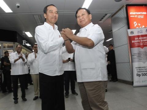 Makna Pertemuan Jokowi-Prabowo di MRT