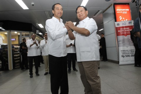 Tiada Sinyal Bagi-bagi Kekuasaan di Antara Jokowi-Prabowo