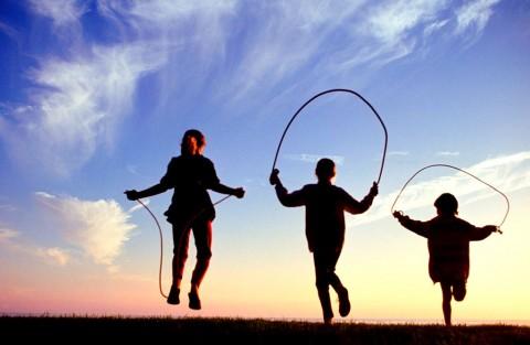 Manfaat Permainan Klasik Lompat Tali