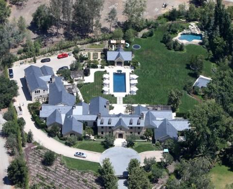 Rumah 'Sederhana' Kim dan Kanye West, Lantainya Tak Boleh Tergores