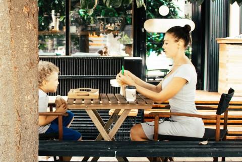 Tips agar Anak Mau Mengonsumsi Makanan Sehat