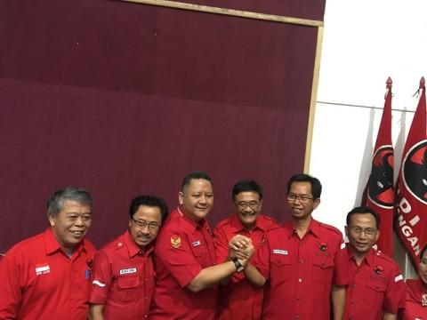 Awi Sutarwijono Resmi Pimpin DPC PDIP Surabaya