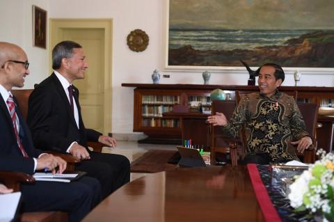 Jokowi Bertemu Menlu Singapura Bahas Ruang Kendali Udara