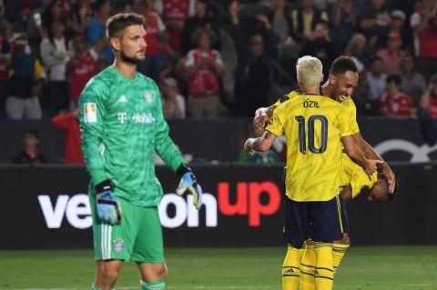 Arsenal Menang Tipis 2-1 Atas Bayern Munchen