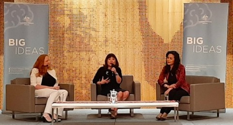 Perempuan Harus Berani Gebrak Tradisi untuk Jadi Pemimpin