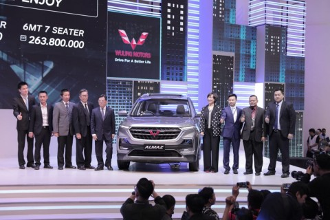 Wuling Motors Luncurkan Varian Terbaru Almaz Smart