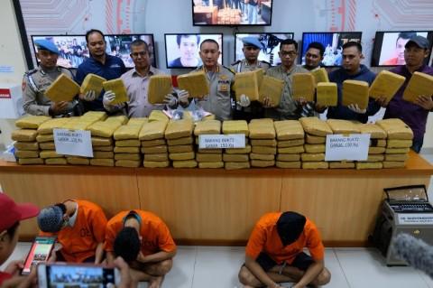 Polresta Tangerang Tangkap Pengedar 150 Kg Ganja