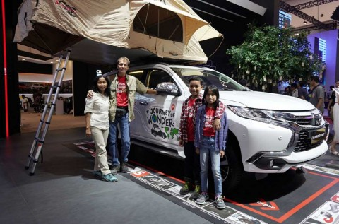 Journey of Wonder, Keliling Dunia Pakai Pajero Sport