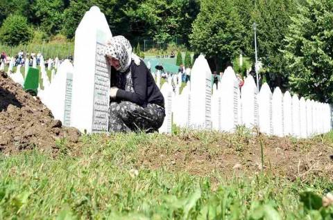 Belanda Turut Bertanggung Jawab atas Pembantaian Srebrenica