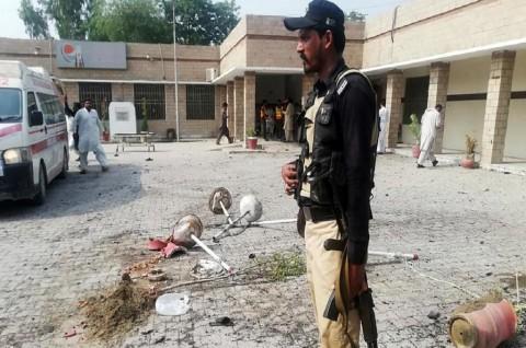 Perempuan Ledakkan Diri di RS Pakistan, 9 Orang Tewas