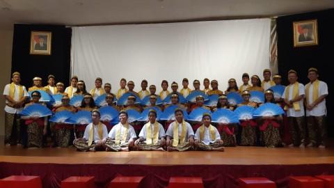 SMP Tarakanita 1 Jakarta Bawa Dua Lagu Daerah di BICF 2019
