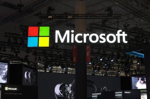 Surface dan Cloud Dorong Pendapatan Microsoft di Q4
