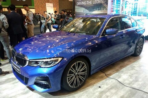 The legend All-New BMW Seri 3 Curi Perhatian di GIIAS