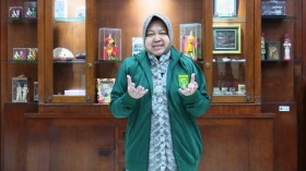 Risma Raih Penghargaan Women Empowerment Award di Singapura