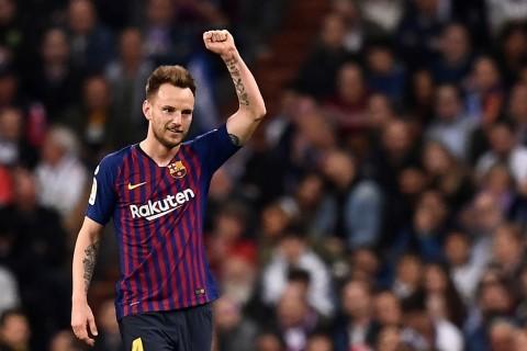 Rakitic Pilih Bertahan di Barcelona Meski Diminati MU dan Inter