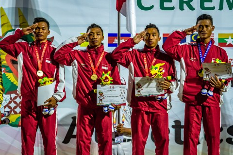 Indonesia Kawinkan Emas di Lari Estafet 4x100 Meter