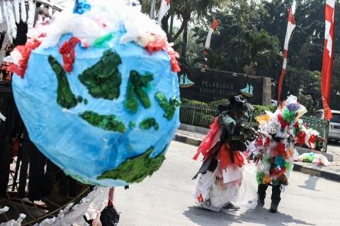 Pergub Sampah Plastik Sebuah Keharusan