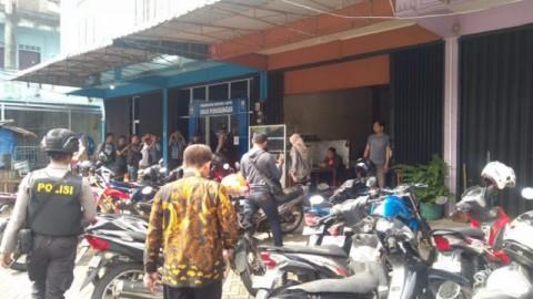 KPK Mendobrak Rumah Nurdin Basirun