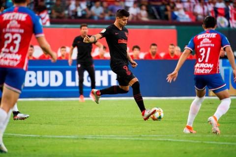 Atletico Madrid Susah Payah Taklukkan Klub Meksiko