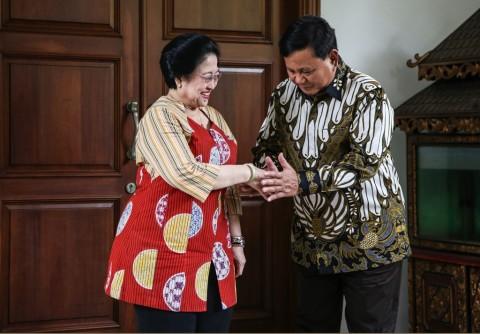 Megawati Diminta Laporkan Gratifikasi Lukisan dari Prabowo