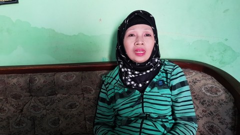 Turini Masih Belajar Bahasa Indonesia