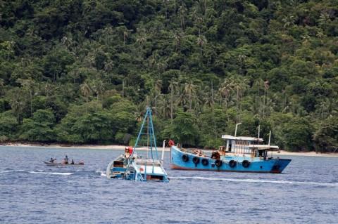 KKP Tangkap 6 Kapal Ikan Asing Ilegal Vietnam dan Filipina