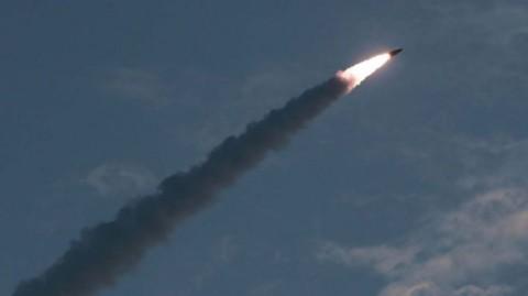 Korut Luncurkan Dua Misil, Terbang Sejauh 250 Km
