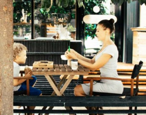 Tips Memberi Makan Anak Batita