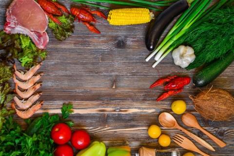 Vitamin yang Dibutuhkan Seiring Bertambah Usia