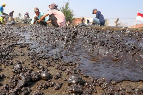 Pertamina Diminta Ganti Kerugian Tumpahan Minyak di Kepulauan Seribu