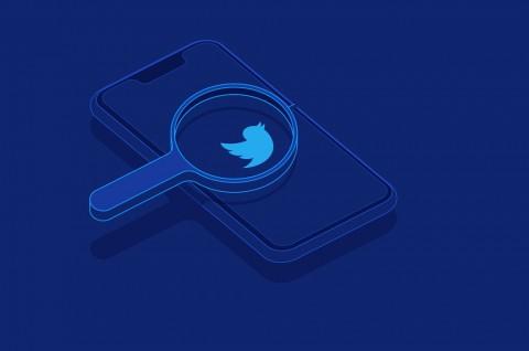 Twitter Tangguhkan Akun Penuh Konspirasi karena Trump