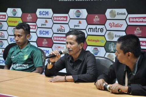 Pelatih Terancam Dipecat, Pemain Persebaya Bertekad Menang Lawan Persipura