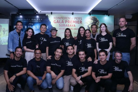 Bumi Manusia dan Perburuan Gelar Gala Premier di Surabaya