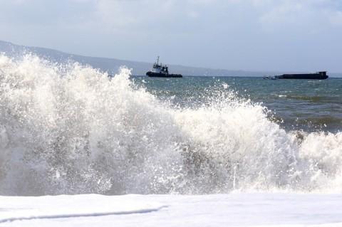 BMKG Minta Masyarakat Pesisir Banten Menjauhi Pantai