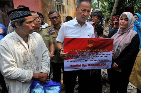 Mensos Beri Bantuan untuk Korban Gempa Banten