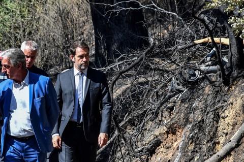 Pesawat Jatuh Saat Padamkan Kebakaran Hutan, Pilot Tewas