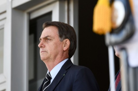 Bolsonaro: Kontrol Senjata Tidak Hentikan Penembakan Massal