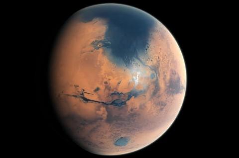 Benturan Meteor Pemicu Tsunami Besar di Mars?