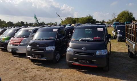 Komunitas Mobil Jadul dan Baru Daihatsu, Banjiri Prambanan