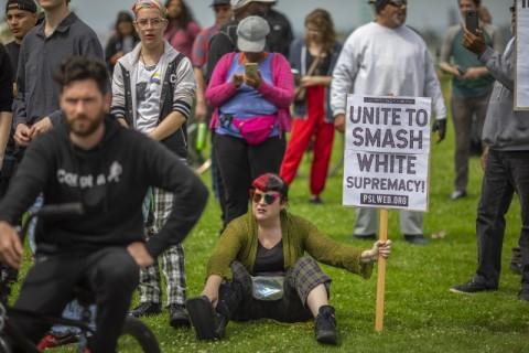 Supremasi Kulit Putih Tewaskan 175 Orang dalam 8 Tahun