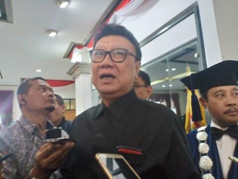 Menteri Tjahjo Kehilangan Sosok Maimoen Zubair