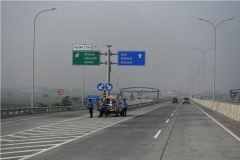 Waspada Potensi Bahaya Berkendara di Jalan Tol
