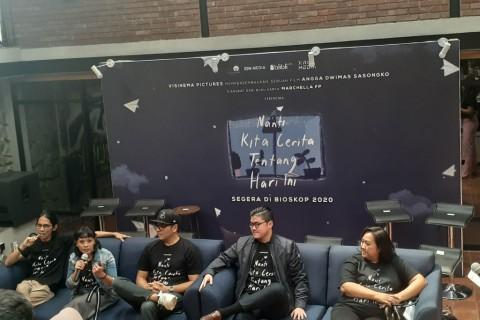 Garap Film NKCTHI, Angga Sasongko Kolaborasi dengan Produser Hollywood