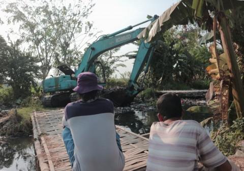 Sampah Kali Busa Tak Langsung Dibawa ke TPA Burangkeng