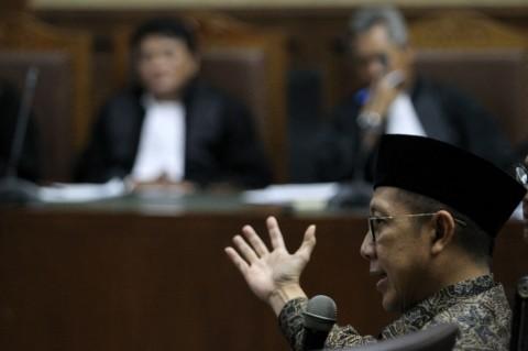Hakim Sebut Menteri Lukman Terbukti Menerima Suap