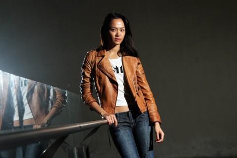 Kelly selalu Bawa Karung Beras demi Indonesia Bersih