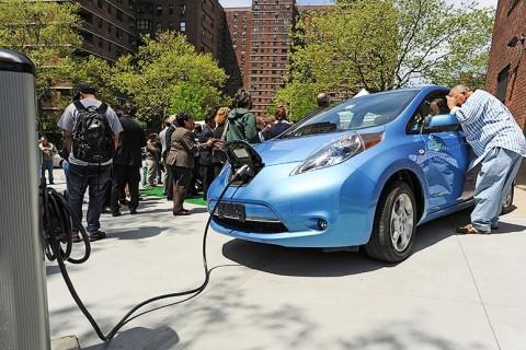 Besaran Insentif Mobil Listrik Tergantung Kadar Emisi