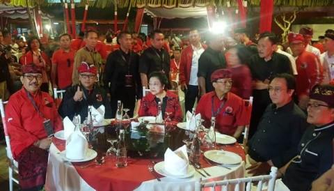 Megawati Minta Semua Kader Hormati Prabowo