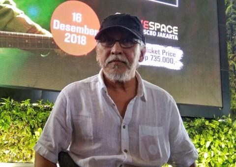 Iwan Fals Meriahkan Gala Premier Film Bumi Manusia dan Perburuan di Surabaya