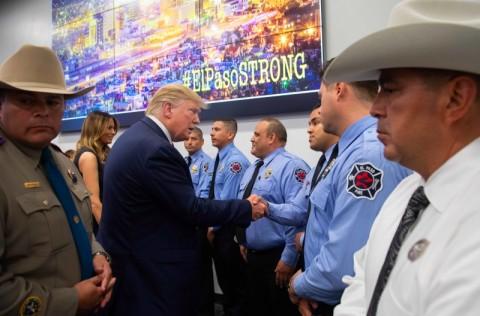 Setelah Penembakan, Trump Kunjungi Dayton dan El Paso